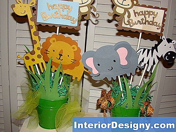 Jungle Centerpiece Ideen