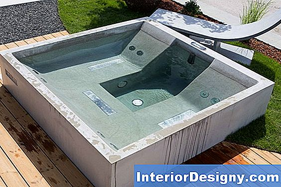 So Reparieren Sie Spa- Oder Hot Tub Plumbing Pipes