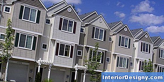 Townhouses Vs. Condominiums