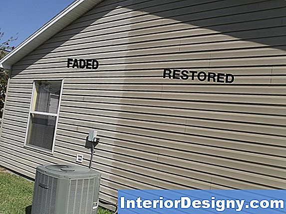 Hoe Seal & Paint Masonite Siding
